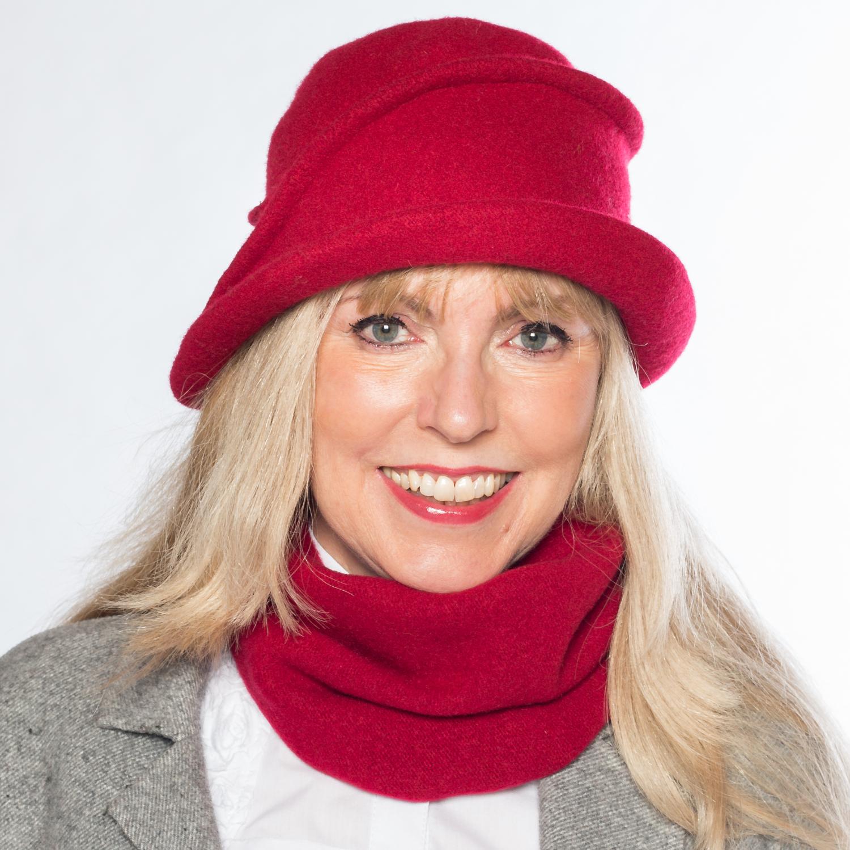 Hüte von Hand Lea-Marie Rot