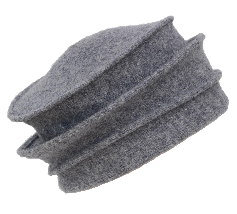 Hüte von Hand Riga Hellgrau